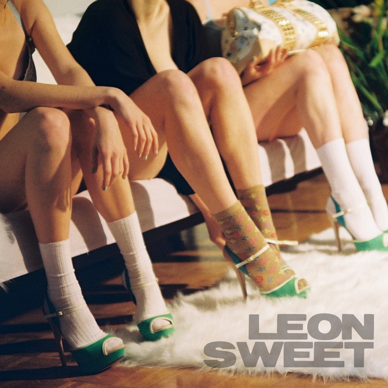 Porn Groove - 2's Up - Leon Sweet